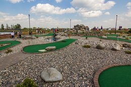 Miniature Golfing at Falls Stay 'N Play